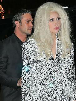 Леди Гага и Тэйлор Кинни