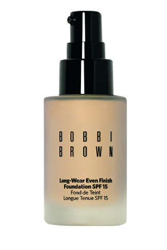 Тональный крем Long Wear Even Finish Foundation SPF15, Natural, 2290 руб.