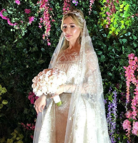 Племянница олигарха, устроившего стрельбу в отеле, потратила на свадебное платье 30 миллионов рублей