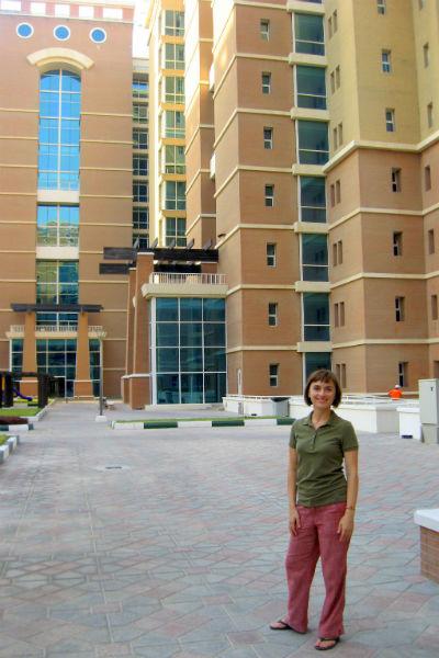35-летняя Наталья Нестерова сейчас живет в Дубае в пятизвездочных апартаментах, предоставленных компанией