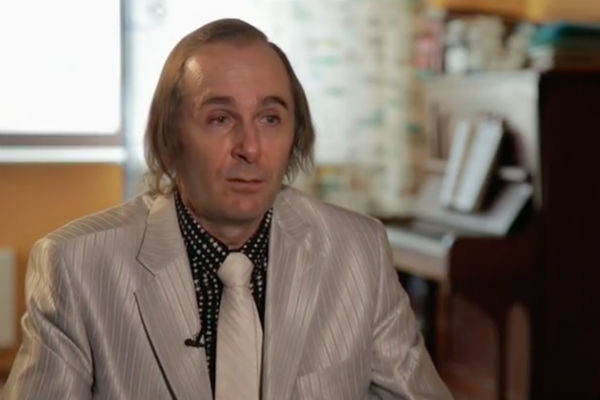 Юрий, брат Евгения Мартынова
