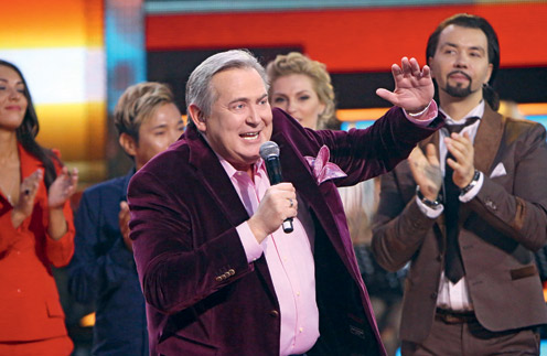 Стоянов: «В программе «Живой звук» со мной был Денис Клявер, наш Деня. Я никогда не заменю ему отца, но мне очень хотелось, чтобы он чувствовал, что рядом родной человек. И он сам мне очень помог – был моей главной «подпоркой» в зимнем сезоне