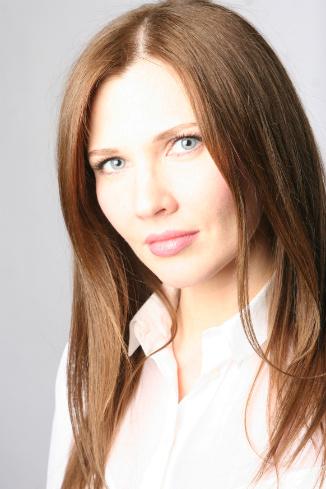 Ольга Комракова, ведущий визажист Clarins
