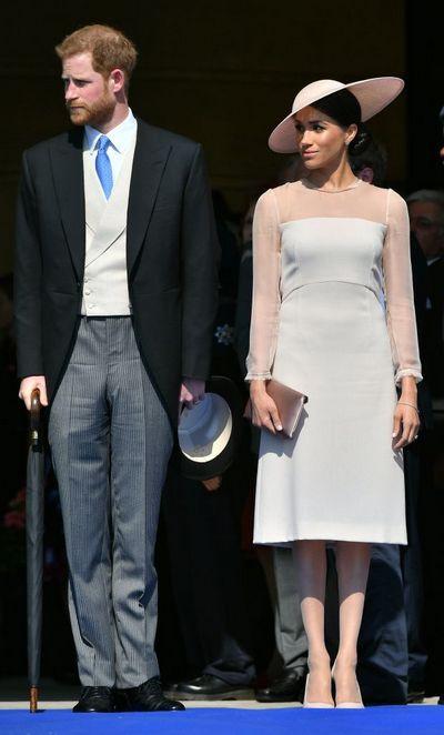 Принц Гарри и Меган Маркл впервые вышли в свет в качестве мужа и жены