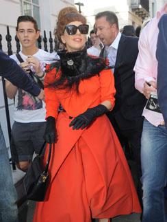 Гаге не впервой носить платья русских дизайнеров. Она уже покупала наряд от Ульяны Сергеенко