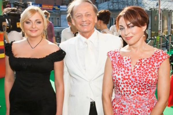 Михаил Задорнов с семьей