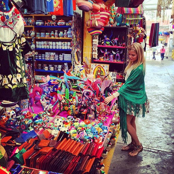 Маша в Мексике