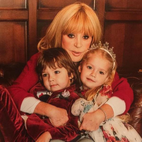 Алла Пугачева с детьми