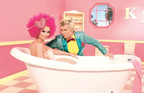 В этой сцене Басков должен был лежать в ванне с Натали, но муж певицы был против