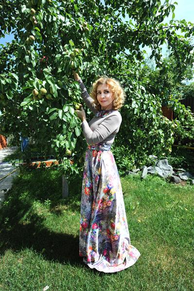 Из яблок и груш хозяйка варит варенье и компоты, а рецептами с удовольствием делится в своем блоге