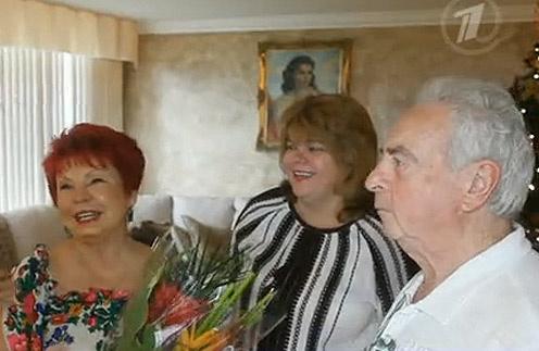 Кадр программы «Пусть говорят»: Людмила Порывай, ее дочь Ирина и муж Игорь