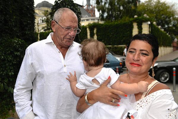 Эммануил Виторган с женой и дочерью