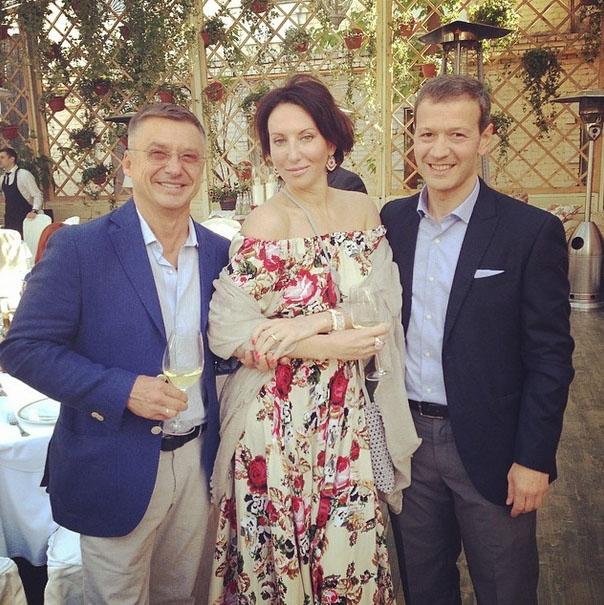 На торжестве Алика встретилась с друзьями детства - Антоном Табаковым и Гией Чубик