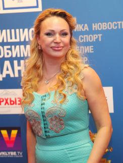 Алла Довлатова