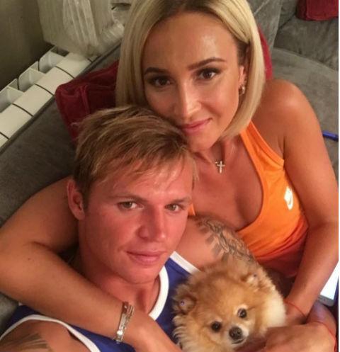 Тарасов и Костенко открыто флиртуют в Сети  StarHitru