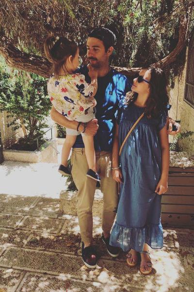 Иван Ургант с дочерями