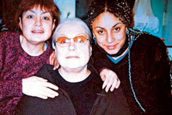 Лидия Федосеева-Шукшина с дочерью Анастасией и внучкой Лауриндой