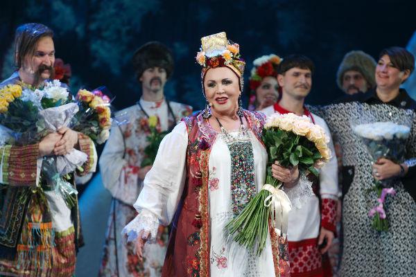 Надежда Бабкина исполнила в мюзикле сразу две роли