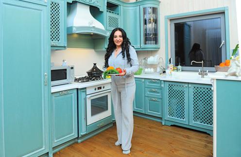 Дом на Новорижском шоссе стал первым собственным жильем экстрасенса Фатимы Хадуевой