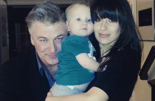 Алек Болдуин с женой Хиларией и дочкой Кармен