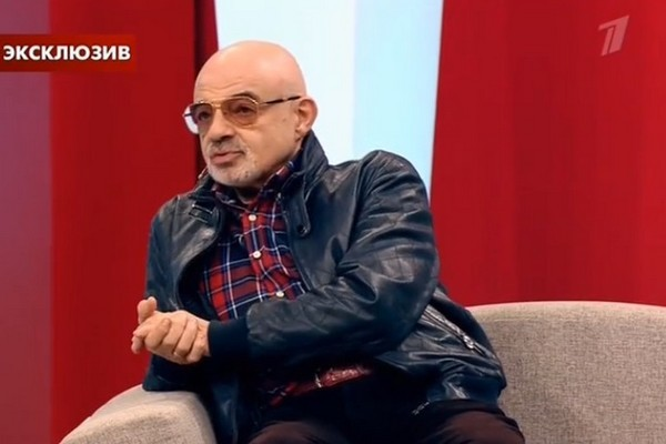 Фонд Алины Кабаевой тайно помогает Армену Джигарханяну