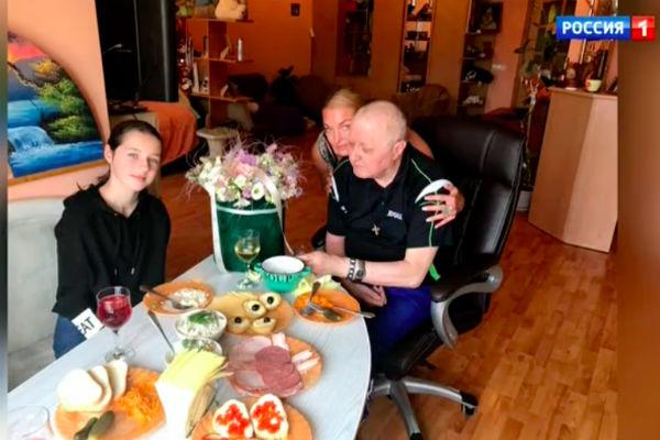 Волочкова с отцом и дочерью