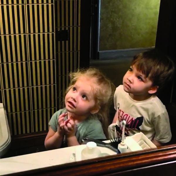 Дети звезд - 3-летние Лиза и Гарри унаследуют гражданство родителей