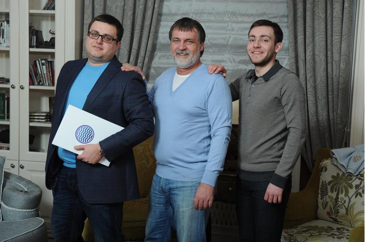 Сыновья Литвина: Евгений (слева) – бизнесмен, Альберт – студент юрфака МГУ