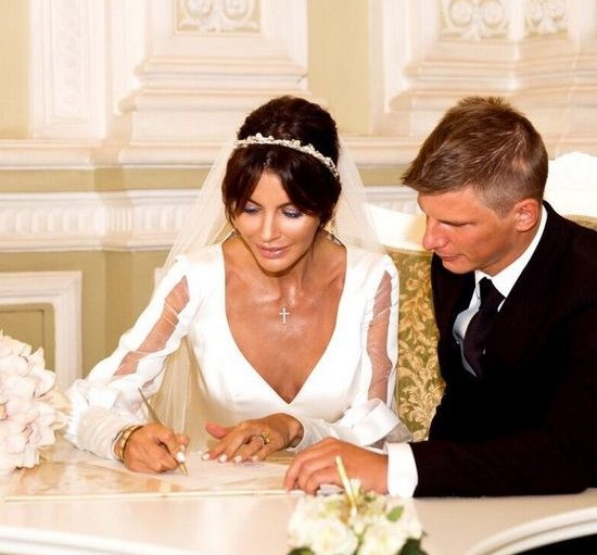 Свадьба Андрей и Алисы состоялась в сентябре прошлого года