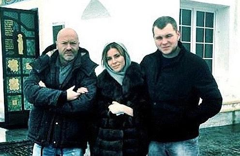 Семья на крестинах младшего брата Таты Владимира