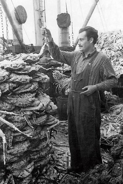 На съемках документального фильма «Остров Сахалин», 1954 год