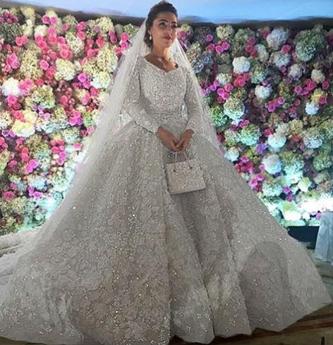 Невеста в платье Elie Saab весом в 25 кг