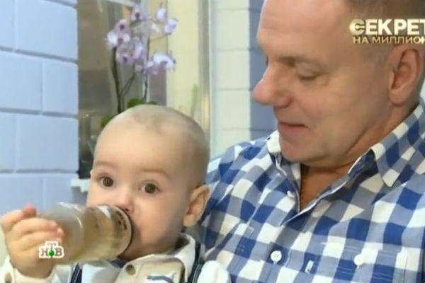 Поклонники считают, что мальчик очень похож на отца