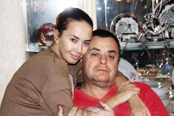 Владимир Борисович тяжело переживает смерть дочери и устал от войны за внука – в конце прошлого года он попал в больницу