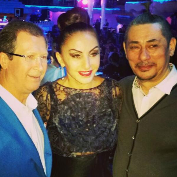 Афина с президентом Hearst Shkulev Media Виктором Шкулевым (слева) и другом
