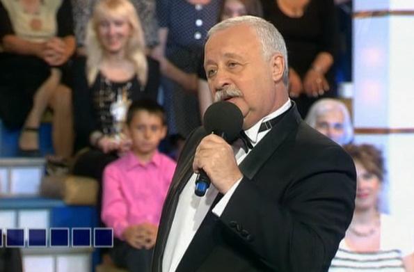 Леонид Аркадьевич воспитывает детей в строгости