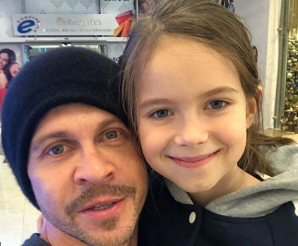 Павел Деревянко с дочерью Варварой