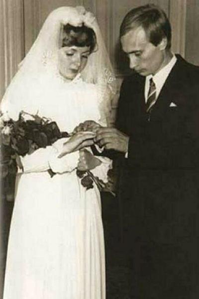 Владимир и Людмила Путины в день свадьбы