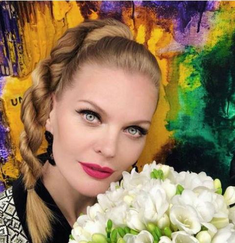 Бывшая невеста Димы Билана скрывает от мужа пол второго ребенка