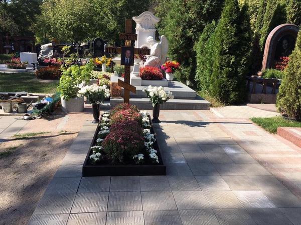 Могила Дениса Вороненкова на Зверинецком кладбище в Киеве