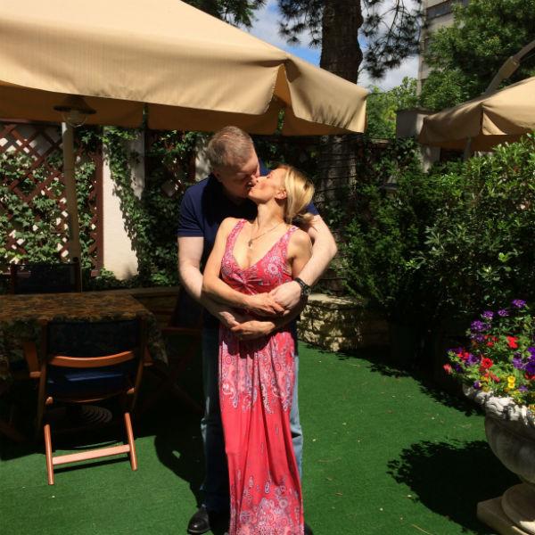 Татьяна Овсиенко и Александр Меркулов долгое время не могут найти время, чтобы поженитьсяи