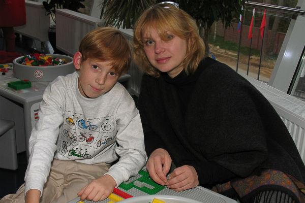 Ольга с сыном Дмитрием 12 лет назад