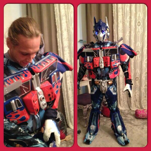 Из Сергея получился отличный робот