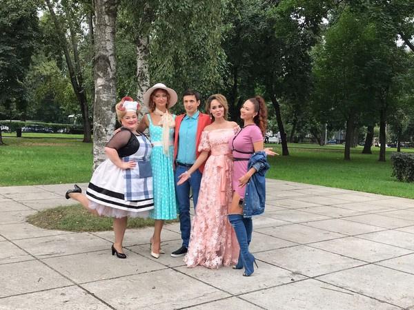 Съемочная команда нового клипа Анны Калашниковой на песню «Без макияжа»