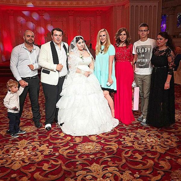 Звезды «Дома-2» побывали на настоящей цыганской свадьбе