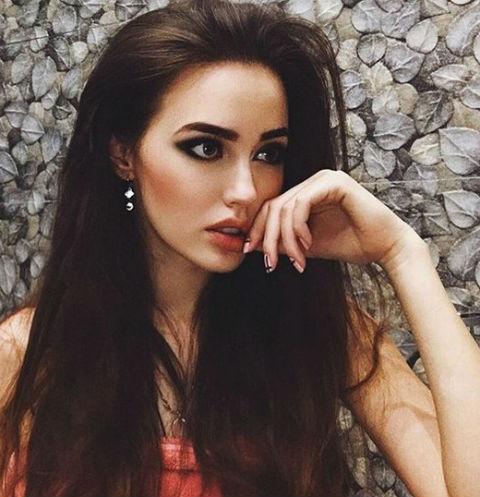 Костенко сэкономила на платье для вечеринки Тарасова