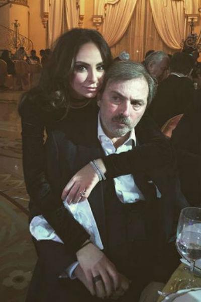 Борис Краснов с дочерью Дариной на торжестве по случаю своего 55-летия