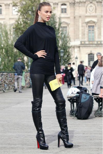 Ирина Шейк всегда одной из первых примеряет все модные тренды
