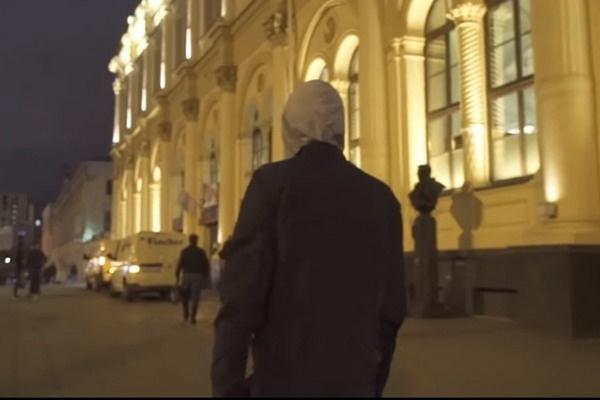 Как удалось выяснить актеру, некоторые попрошайки зарабатывают 15-20 тысяч рублей в день