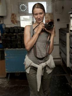 Софья Татаринова занимается фотографией уже шесть лет. Первую выставку Соне организовали друзья – в конце прошлого года, в московской галерее «Глаз»